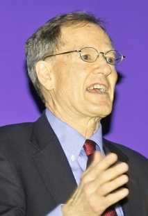 George_Gilder_handwaving_at_CHM_Apr_2005